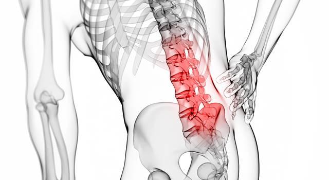 腰椎椎間板ヘルニアは何科を病院で受診すべき?医師に聞いてみた